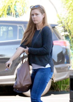 Amy Adams in Jeans shopping in West Hollywood