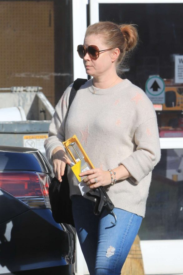 Amy Adams - Leaves a hardware store in West Hollywood
