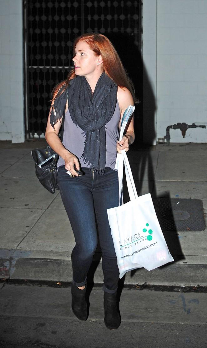 Amy Adams - Leaving a hair salon in LA