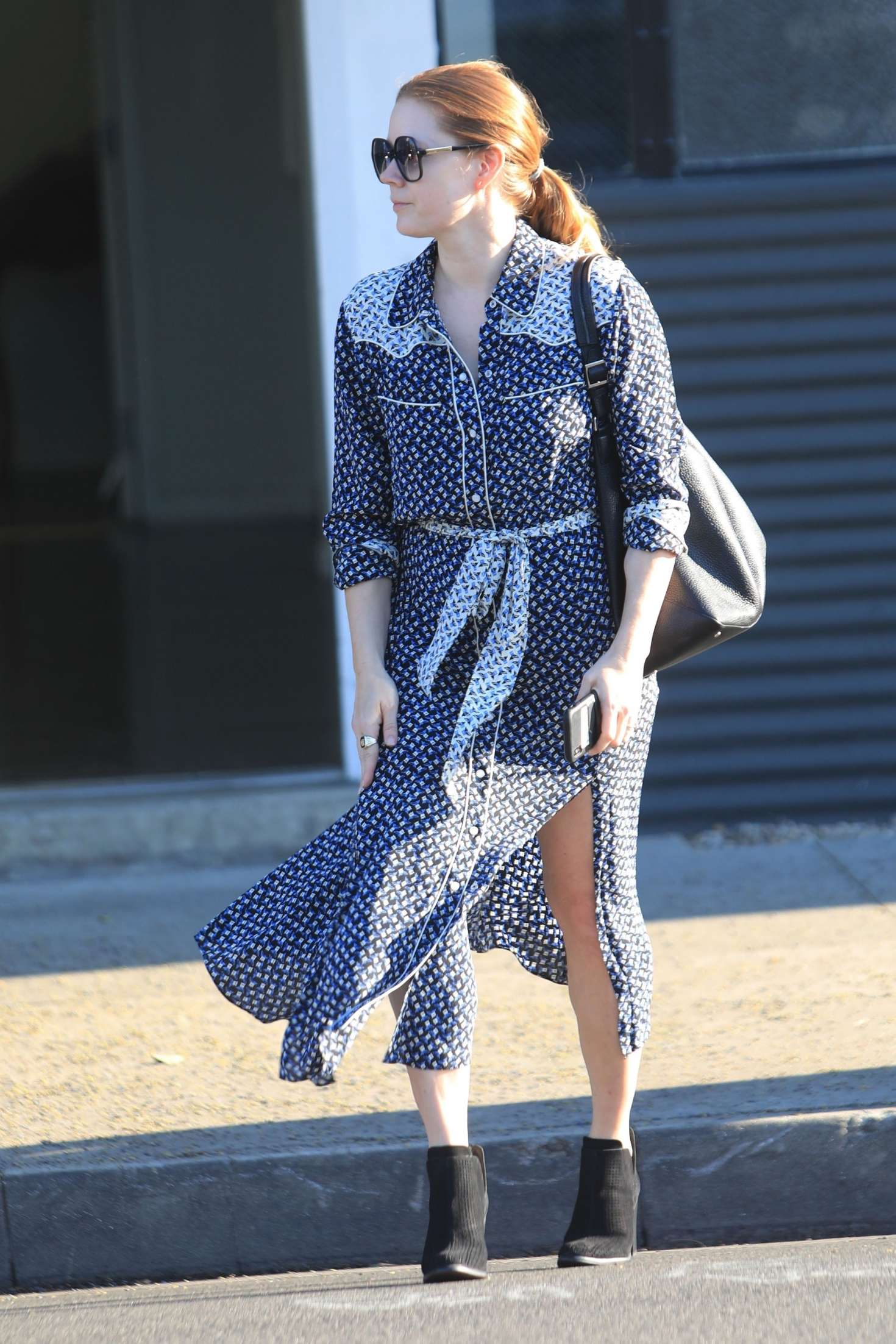 Amy Adams 2019 : Amy Adams: Leaving an Office in Beverly Hills -02