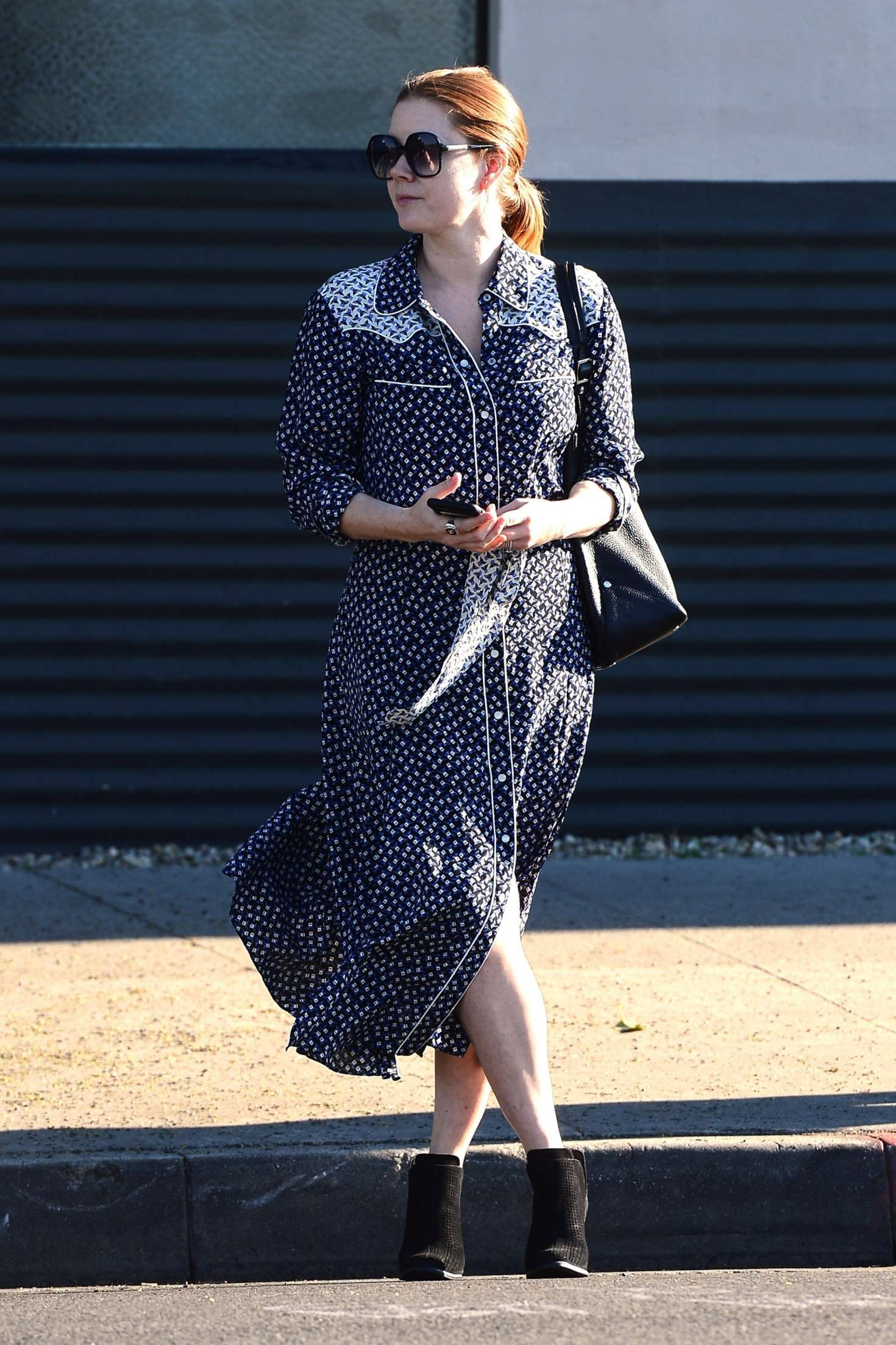 Amy Adams 2019 : Amy Adams: Leaving an Office in Beverly Hills -05