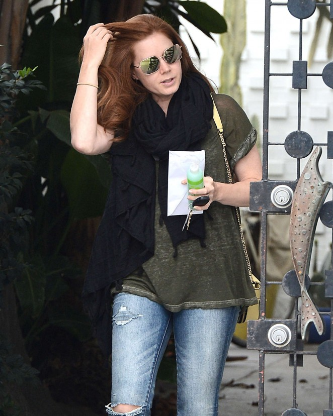 Amy Adams - Leaving Balayage Salon in Los Angeles