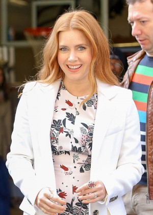 Amy Adams - Leaving Live! with Kelly and Michael in New York