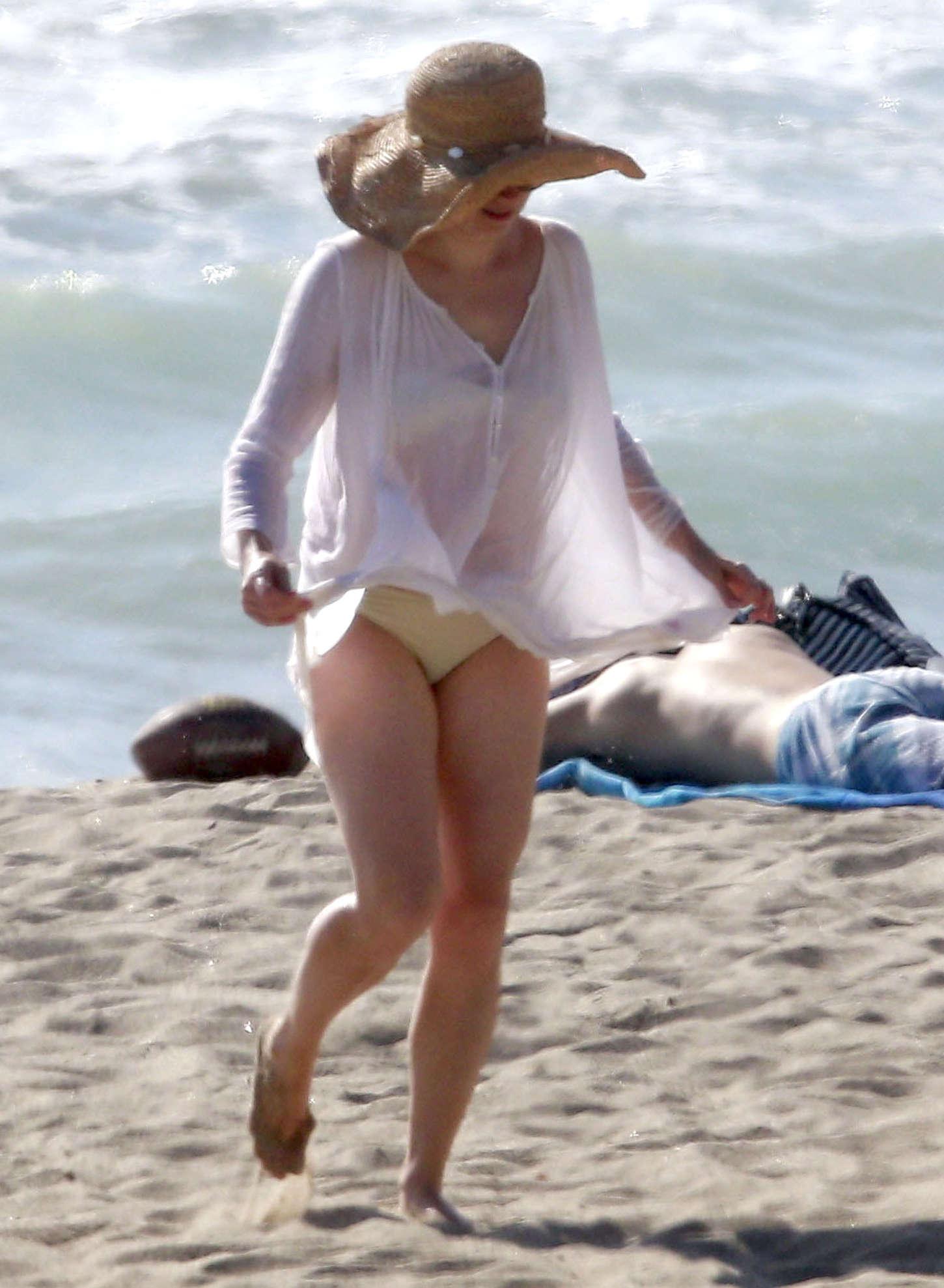 Pity, amy adams bikini shots think, that