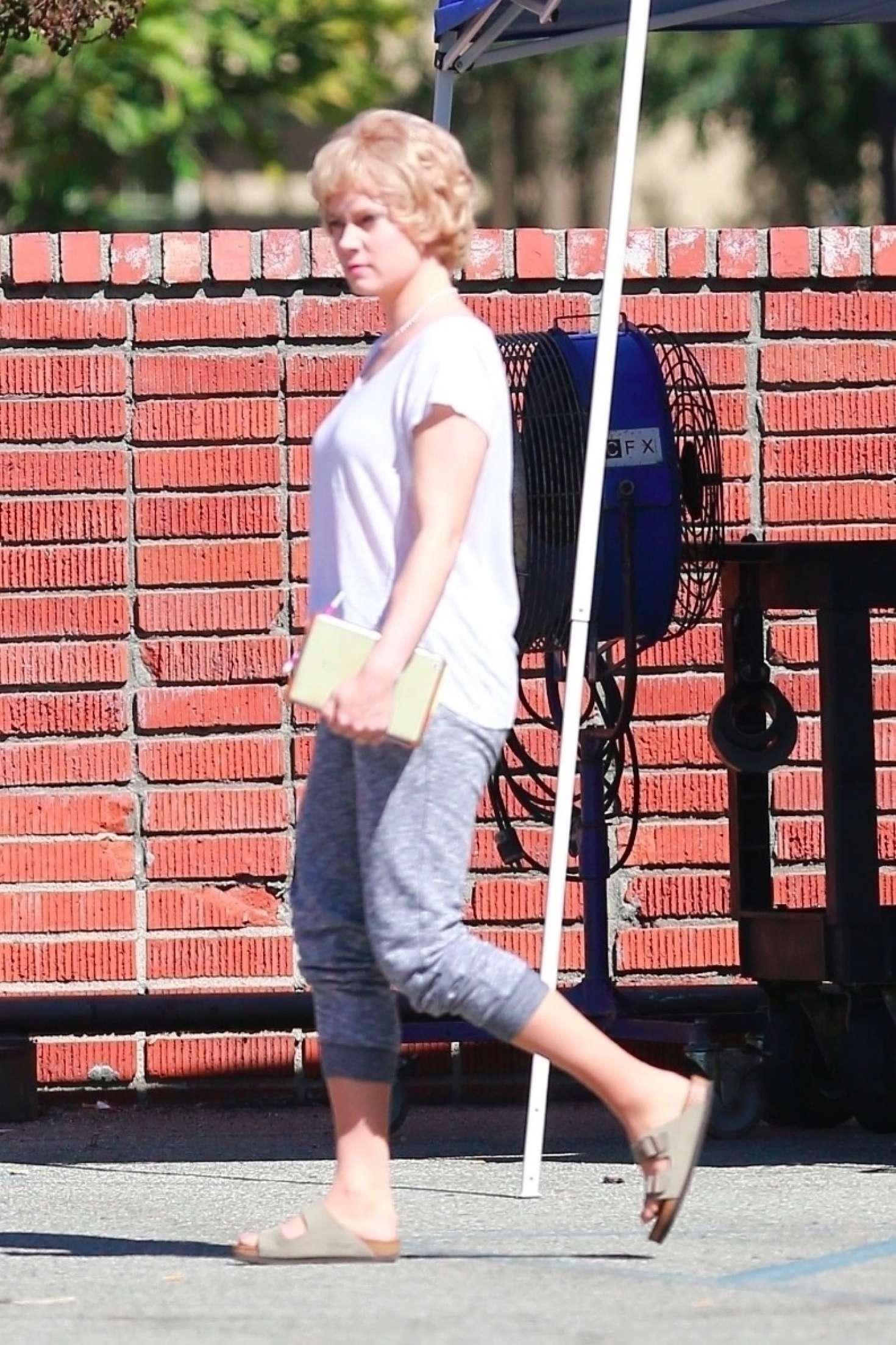 Amy Adams - On the set of 'Backseat' in Whittier
