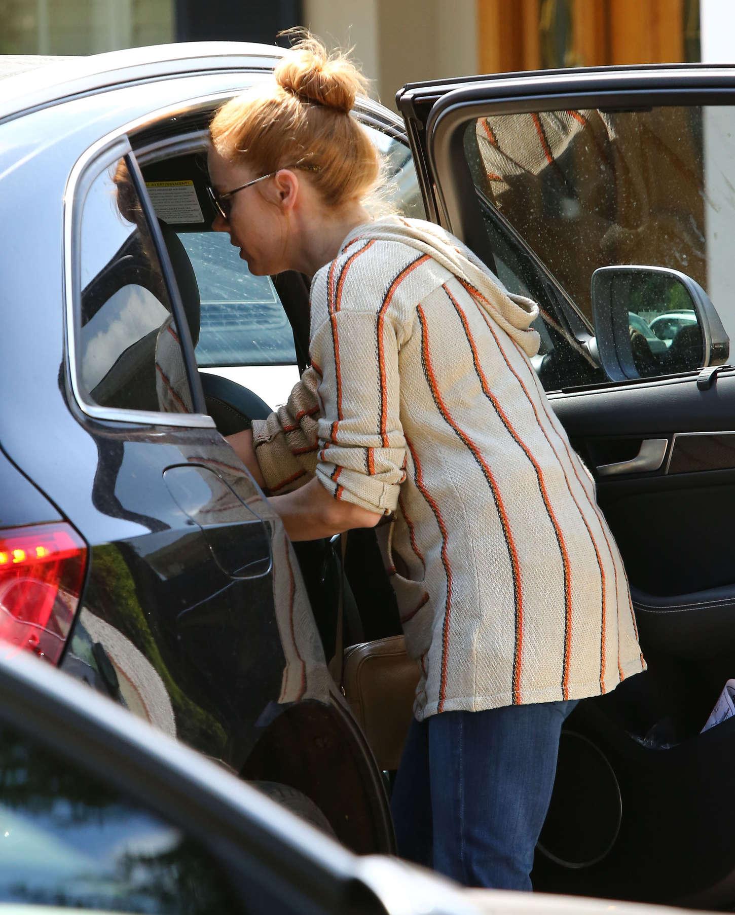 Amy Adams 2015 : Amy Adams: Out in Studio City -04