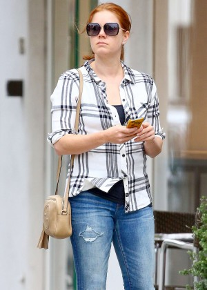 Amy Adams in Tight Jeans out in Beverly Hills
