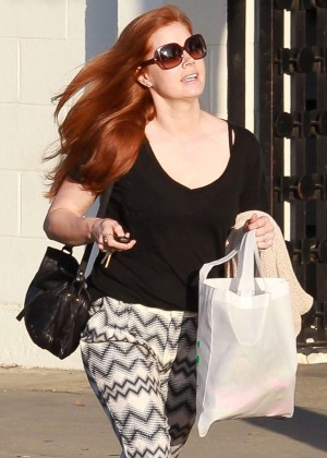 Amy Adams - Shopping at Express in Beverly Hills