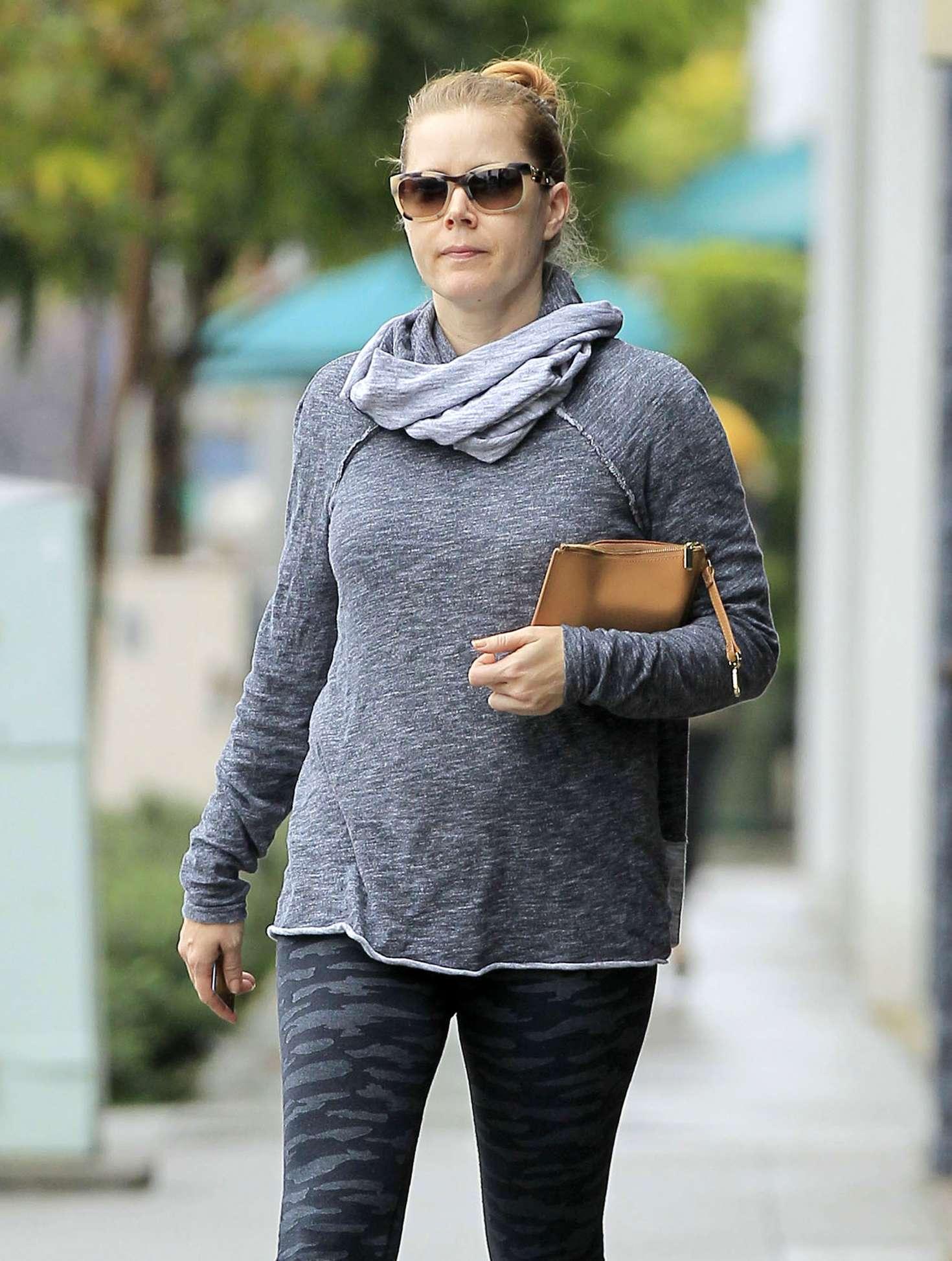 Amy Adams shopping in Los Angeles