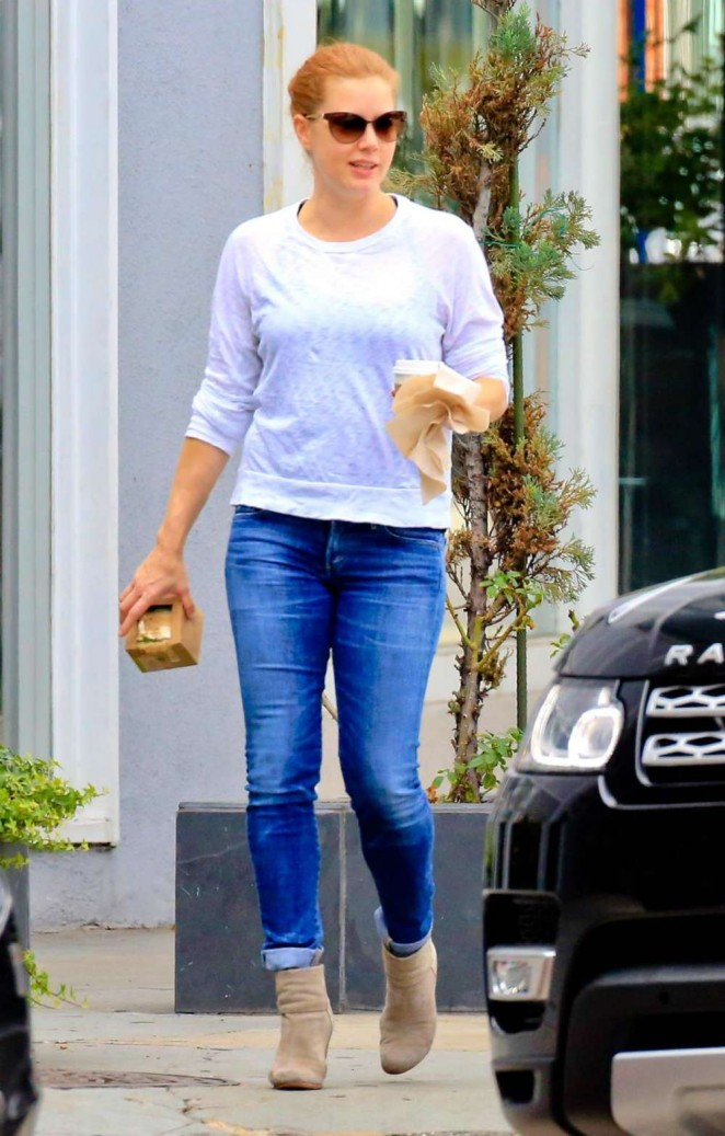Amy Adams in Jeans out in Beverly Hills