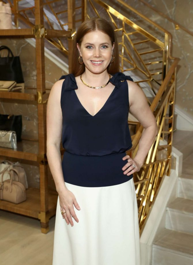 Amy Adams – Tory Burch hosts dinner for Amy Adams in Los Angeles