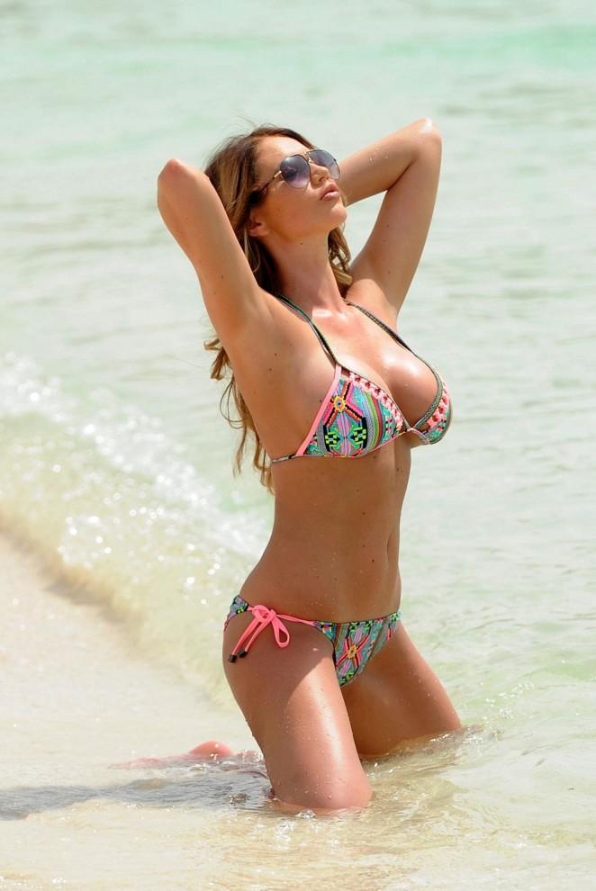 Amy Childs – Bikini Candids in Dubai