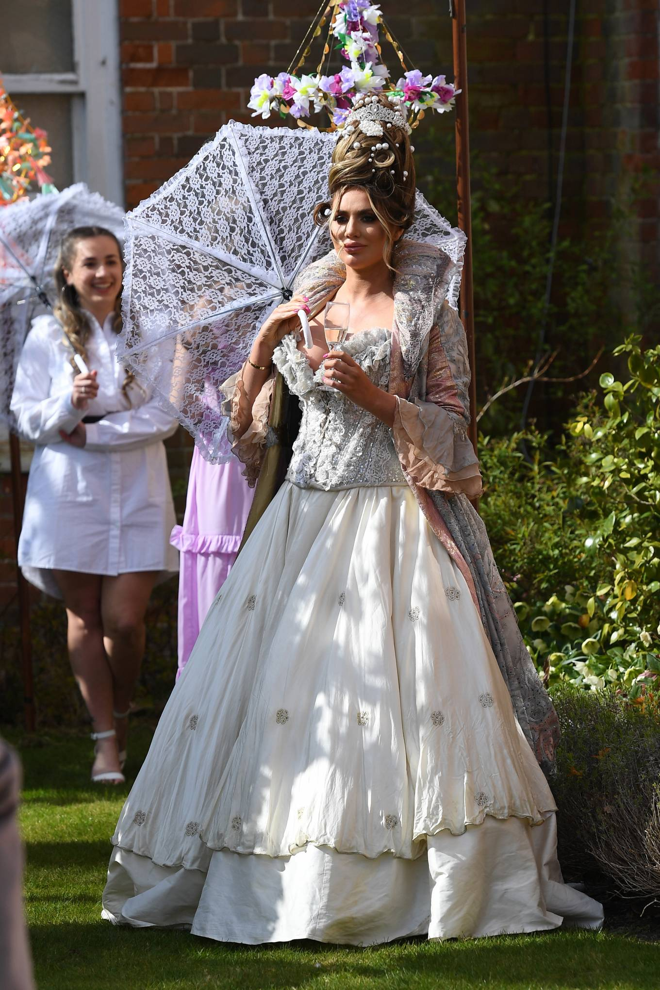 Amy Childs 2021 : Amy Childs – The Only Way is Essex TV Show filming – Bridgerton Special in Essex-01