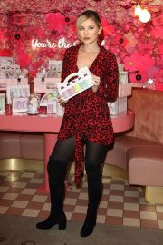 Amy Hart - Beauticology x Elan Cafe Launch Event in London
