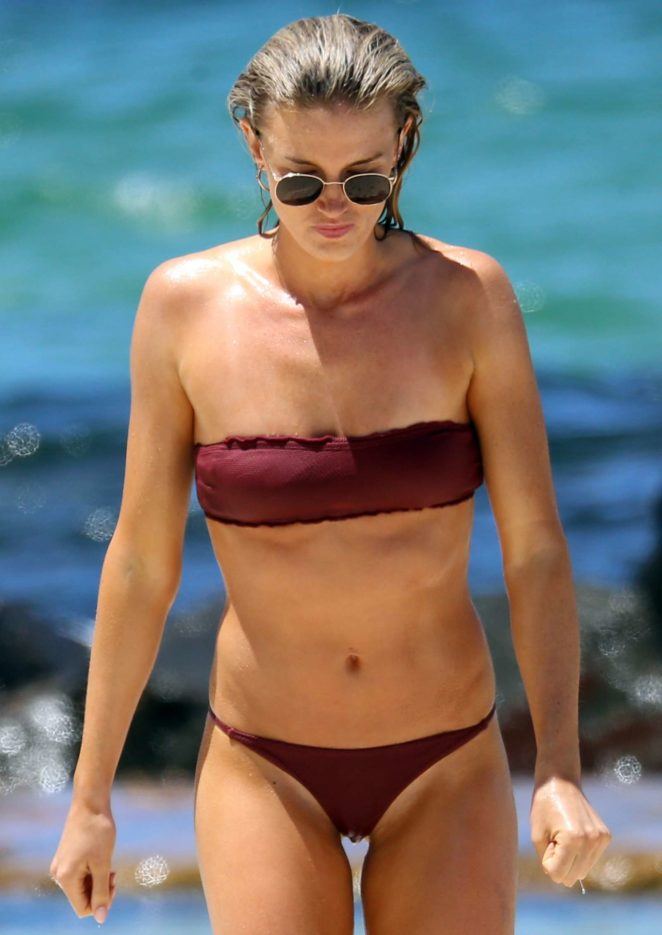 Amy Pejkovic in Bikini at Balmoral Beach in Sydney