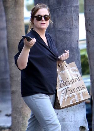 Amy Poehler - Leaves Bristol Farms in Beverly Hills