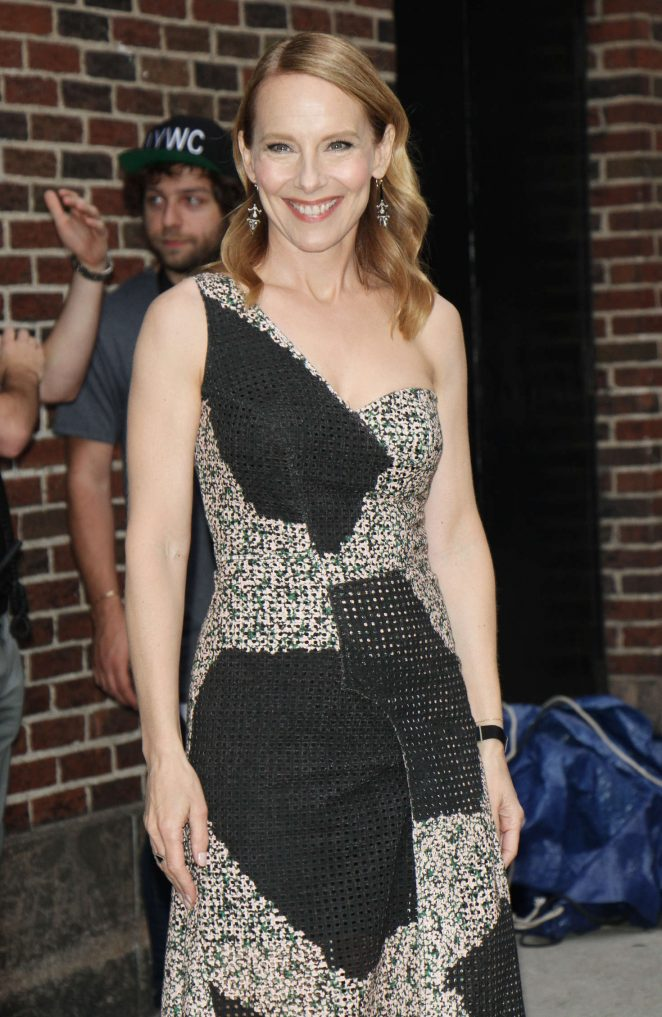 Amy Ryan - Arrives at 'The Late Show With Stephen Colbert' in New York