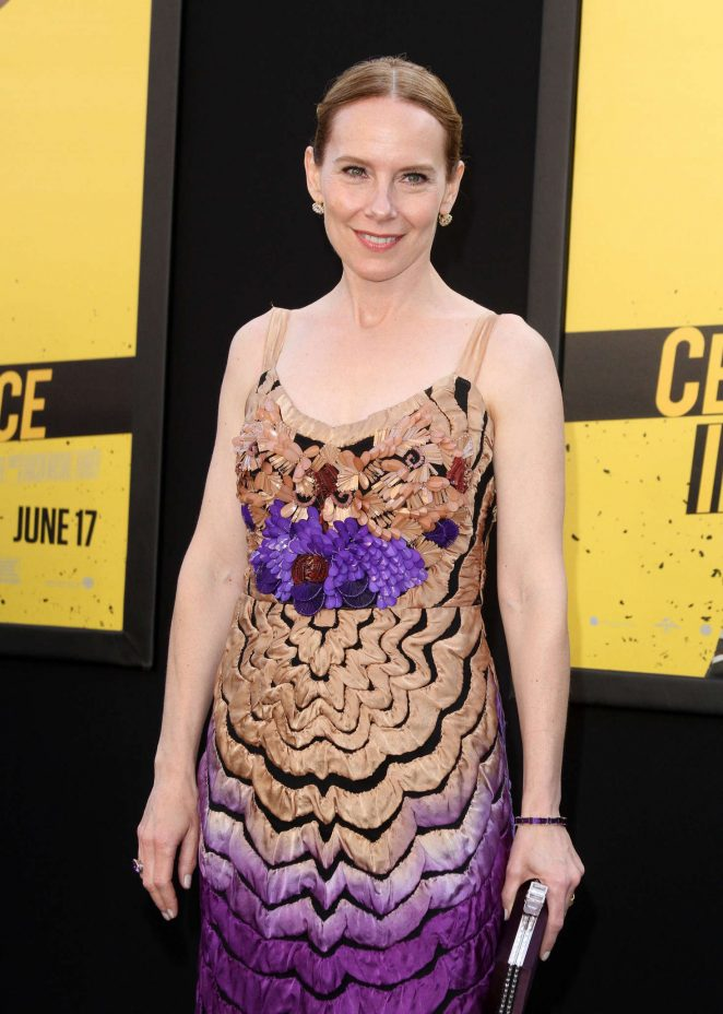 Amy Ryan - 'Central Intelligence' Premiere in Los Angeles