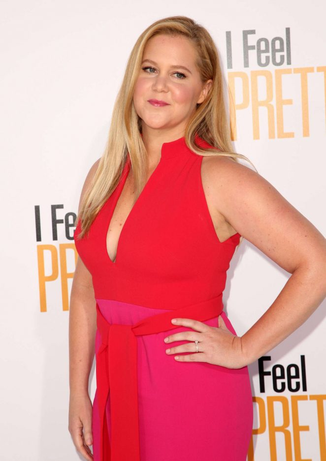 Amy Schumer - 'I Feel Pretty' Premiere in Los Angeles