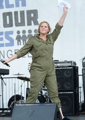 Amy Schumer - March at the anti-gun 'March For Our Lives' in LA