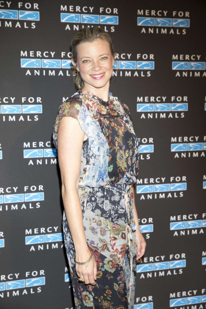 Amy Smart - 2018 Mercy for Animals Gala in Los Angeles
