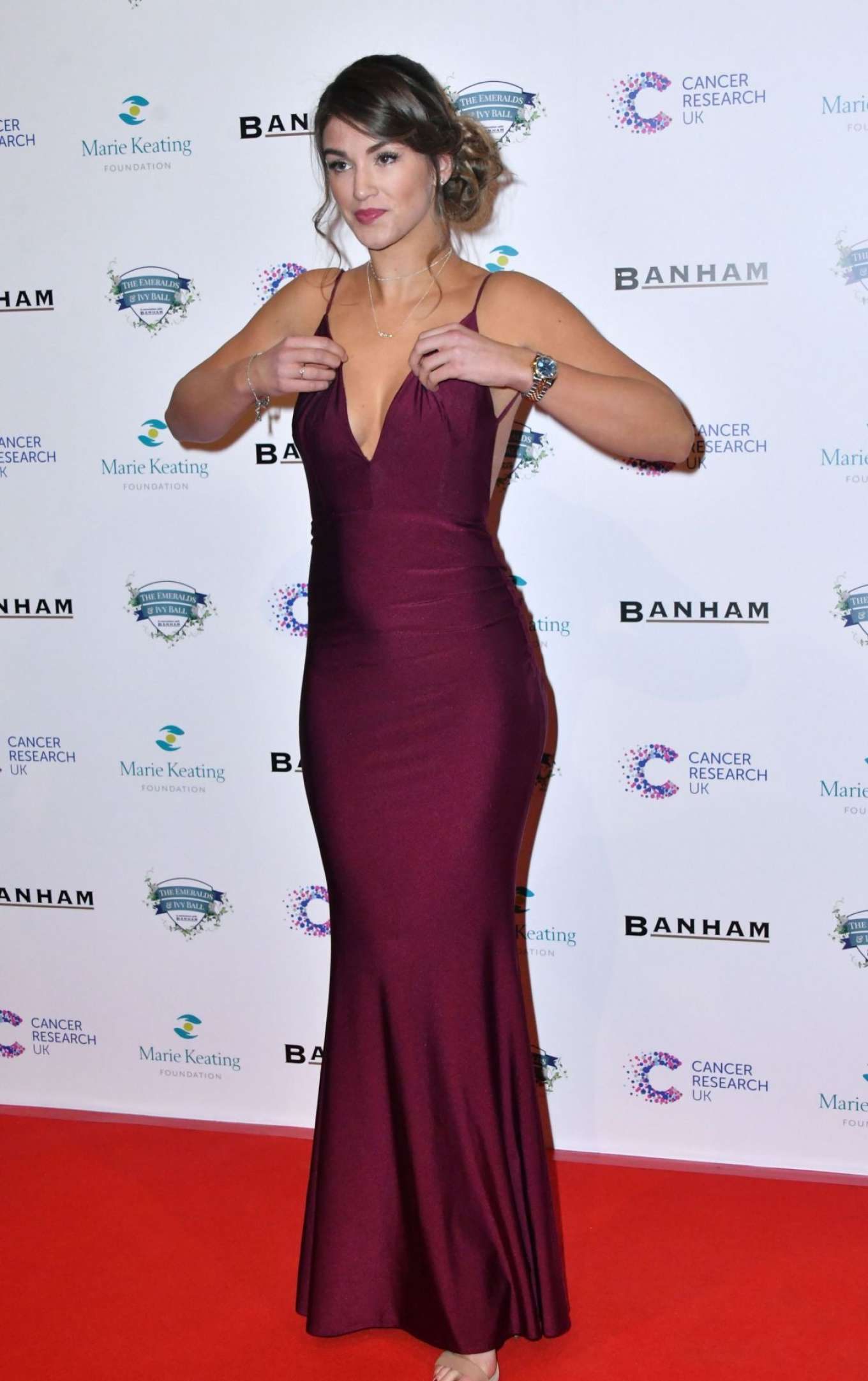 Amy Willerton 2017 : Amy Willerton: Emeralds and Ivy Ball 2017 -06