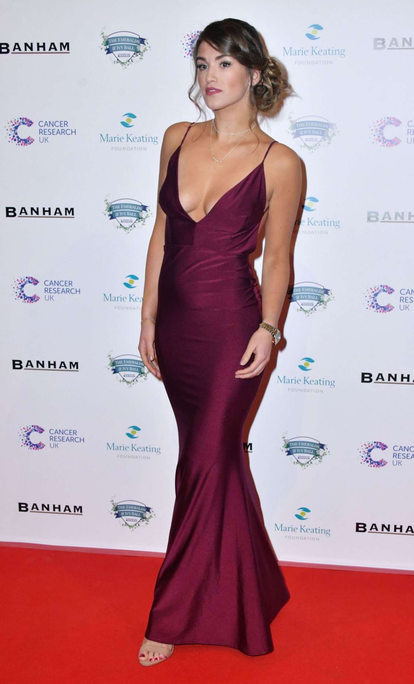 Amy Willerton 2017 : Amy Willerton: Emeralds and Ivy Ball 2017 -07