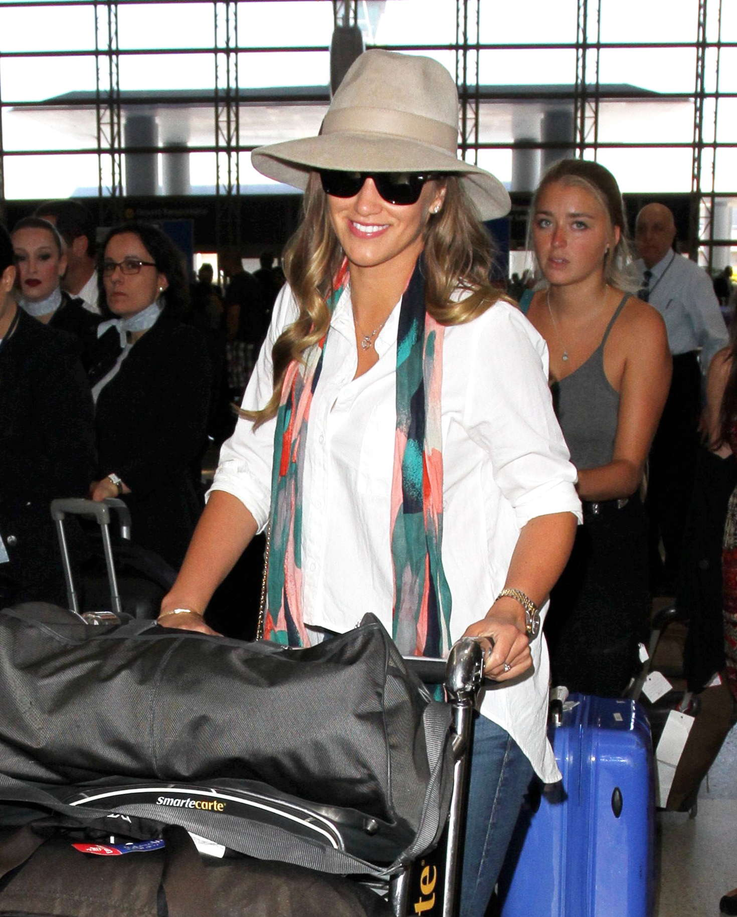 Amy Willerton 2016 : Amy Willerton in Jeans at LAX Airport -09