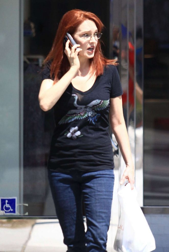 Amy Yasbeck in Jeans Out in Los Angeles