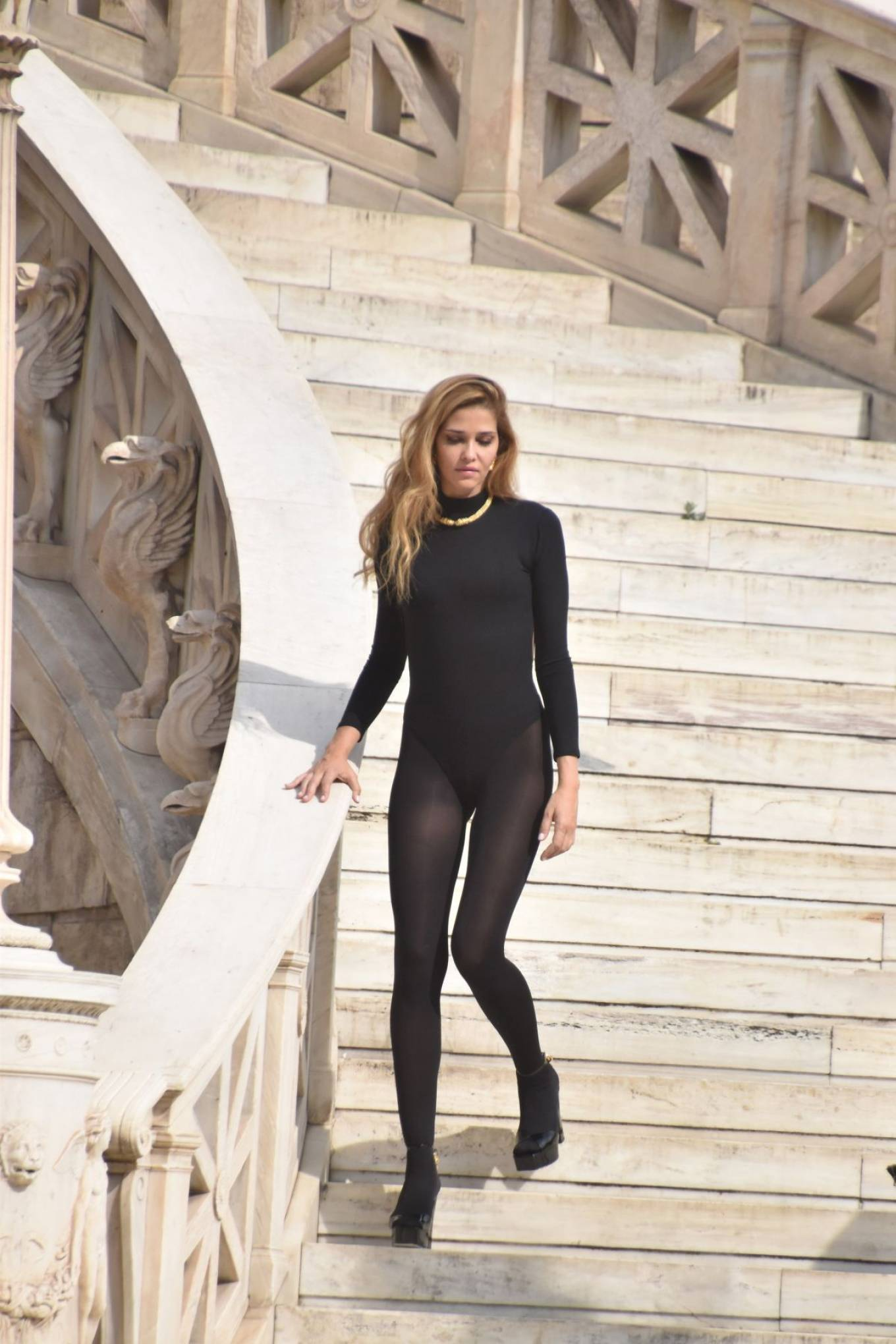 Ana Beatriz Barros - Photoshoot candids in Athens