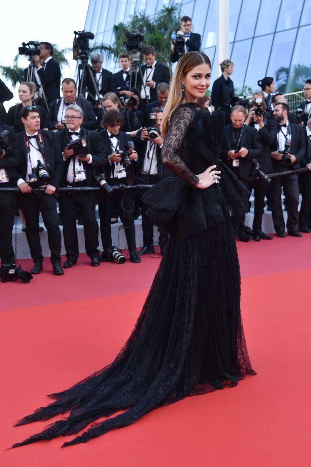 Ana Beatriz Barros 2019 : Ana Beatriz Barros: The Traitor Premiere at 2019 Cannes Film Festival-04