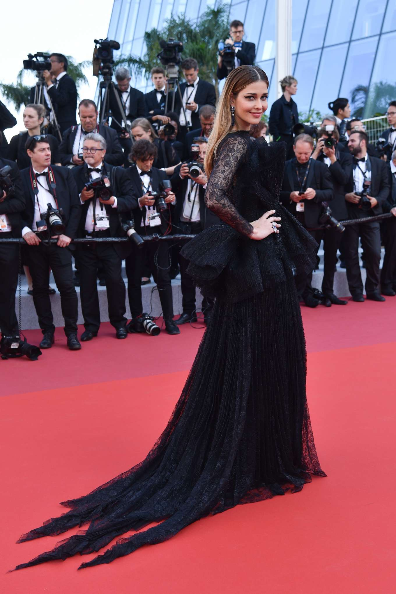 Ana Beatriz Barros 2019 : Ana Beatriz Barros: The Traitor Premiere at 2019 Cannes Film Festival-04