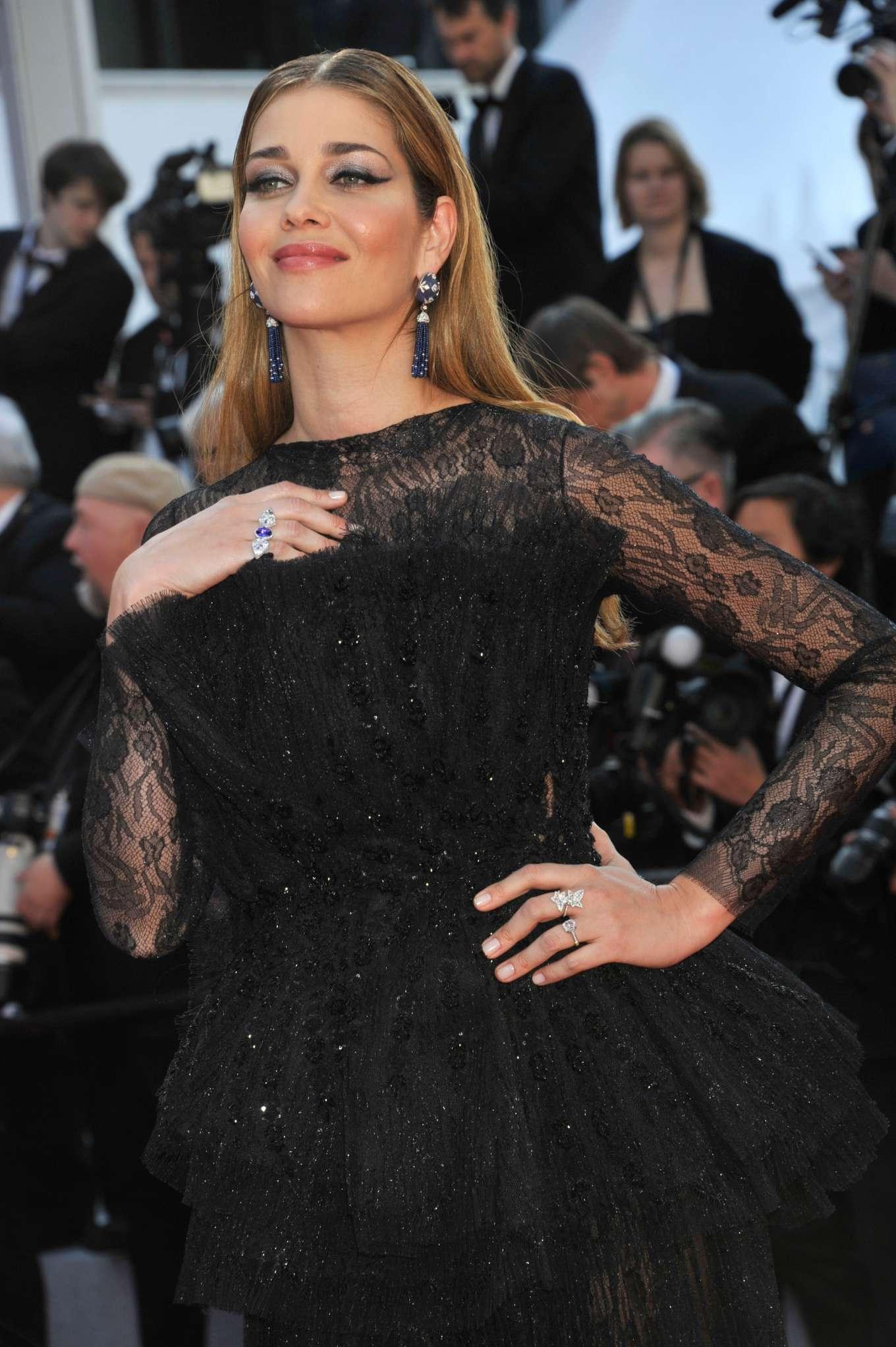 Ana Beatriz Barros 2019 : Ana Beatriz Barros: The Traitor Premiere at 2019 Cannes Film Festival-10