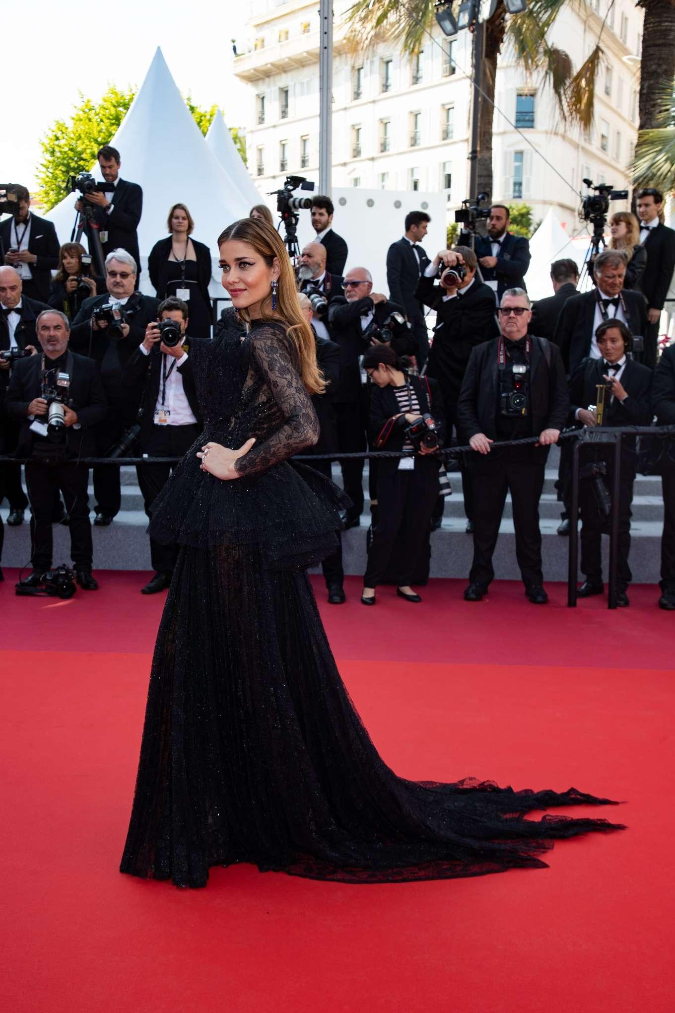 Ana Beatriz Barros 2019 : Ana Beatriz Barros: The Traitor Premiere at 2019 Cannes Film Festival-13
