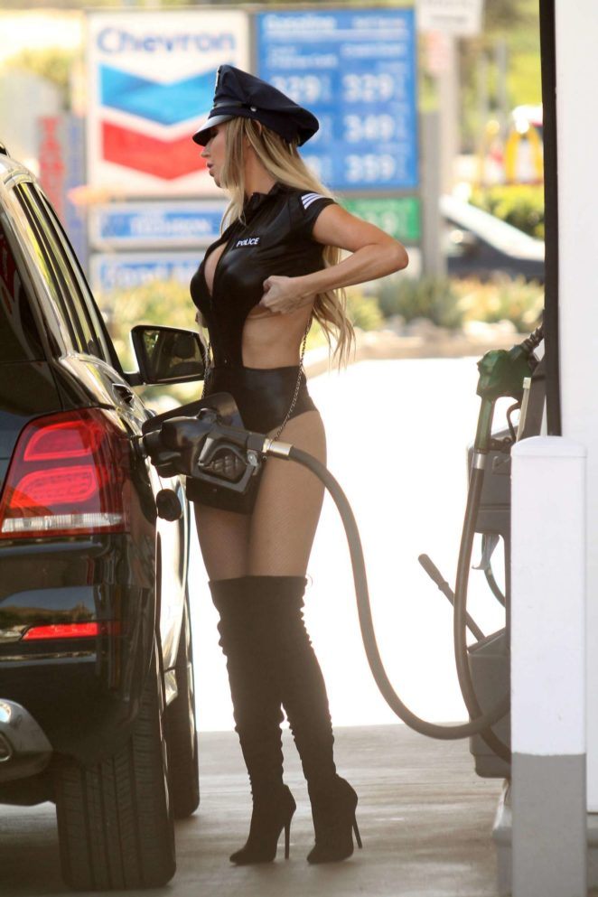 Ana Braga getting gas in Studio City -10 - GotCeleb