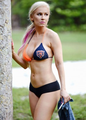 Ana Braga in Bikini -04