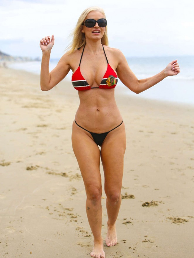 2393237f9b ... on Malibu Beach. Ana Braga in Bikini -04