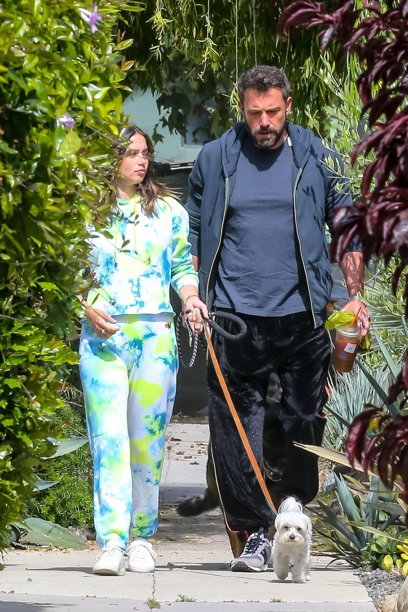 Ana de Armas 2020 : Ana De Armas and Ben Affleck – Taking their dogs for a stroll in Venice-12
