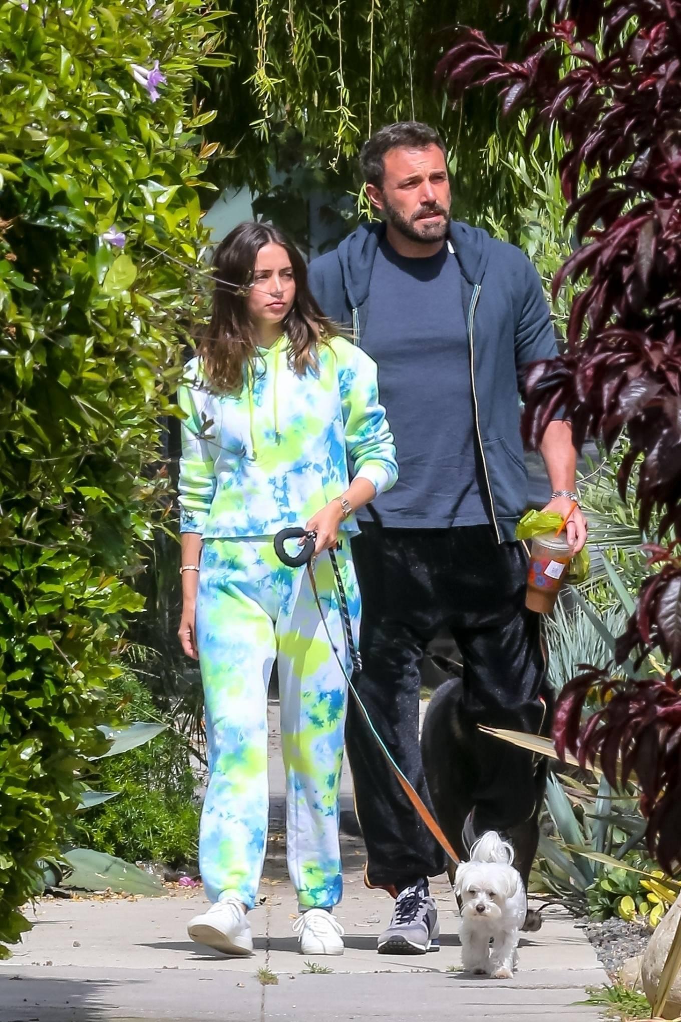 Ana de Armas 2020 : Ana De Armas and Ben Affleck – Taking their dogs for a stroll in Venice-16