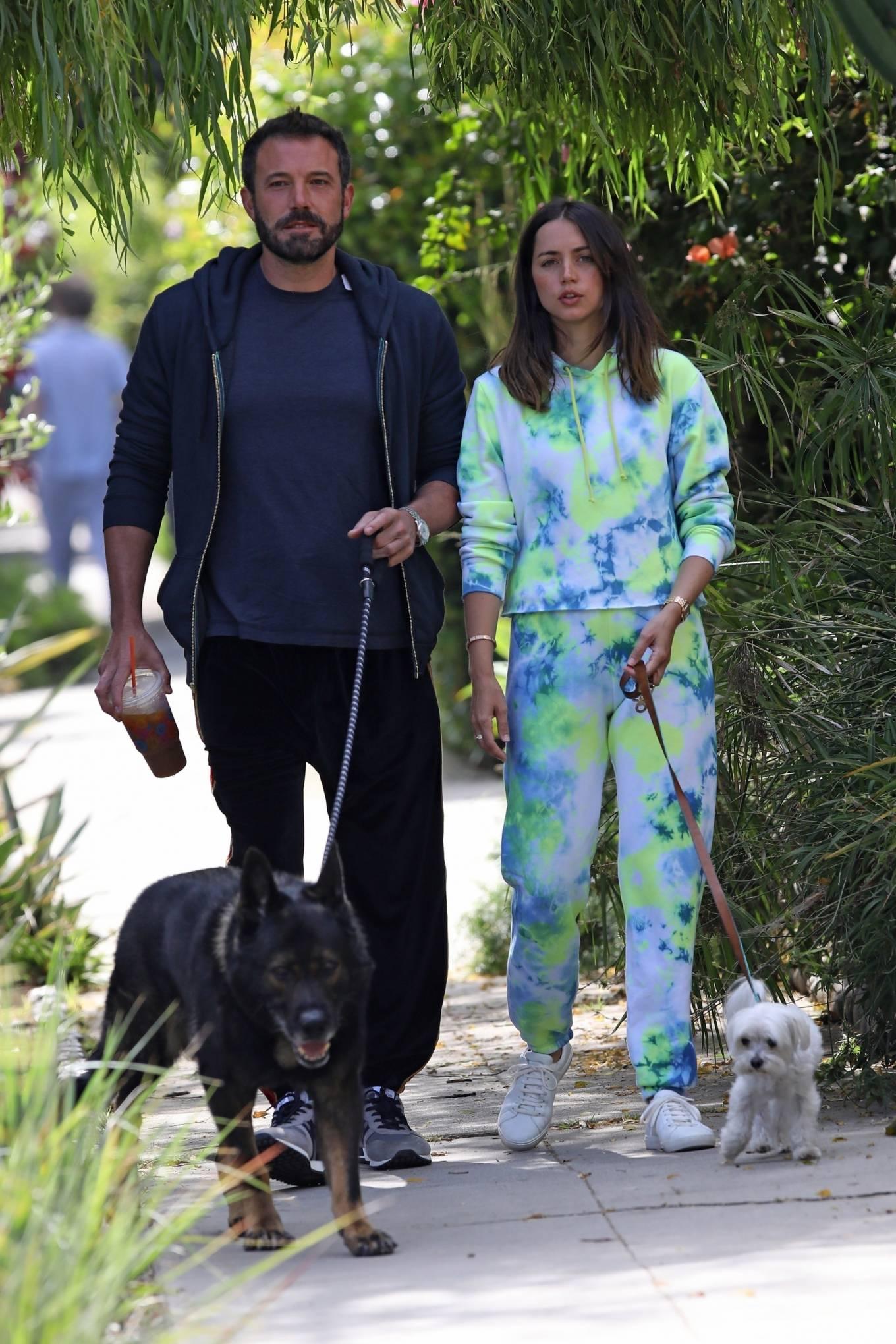 Ana de Armas 2020 : Ana De Armas and Ben Affleck – Taking their dogs for a stroll in Venice-17