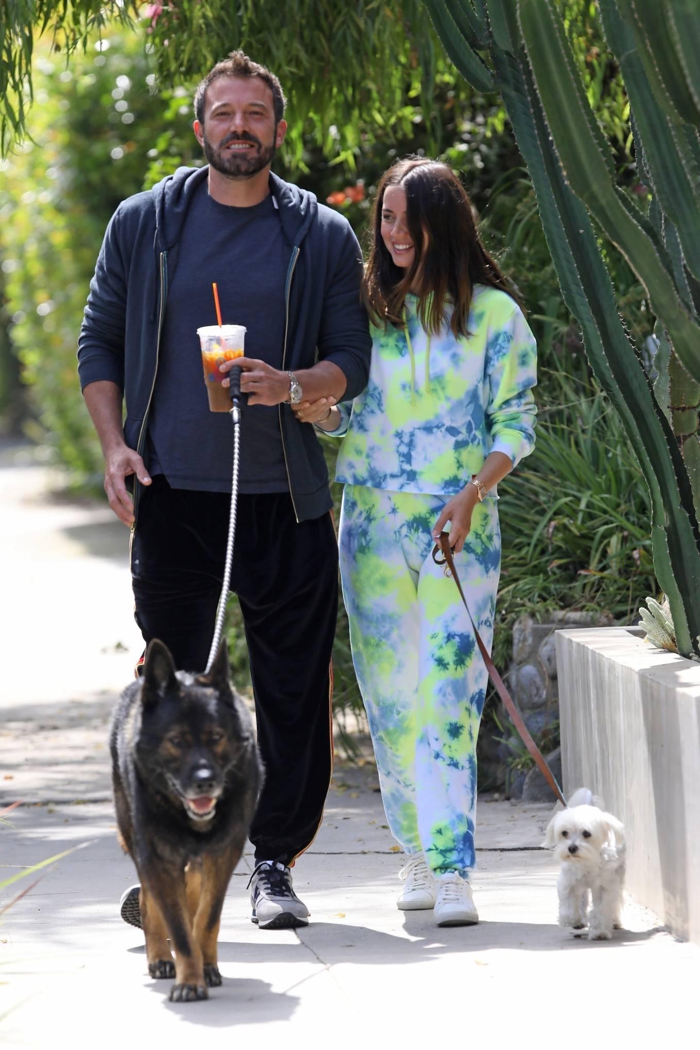 Ana de Armas 2020 : Ana De Armas and Ben Affleck – Taking their dogs for a stroll in Venice-24