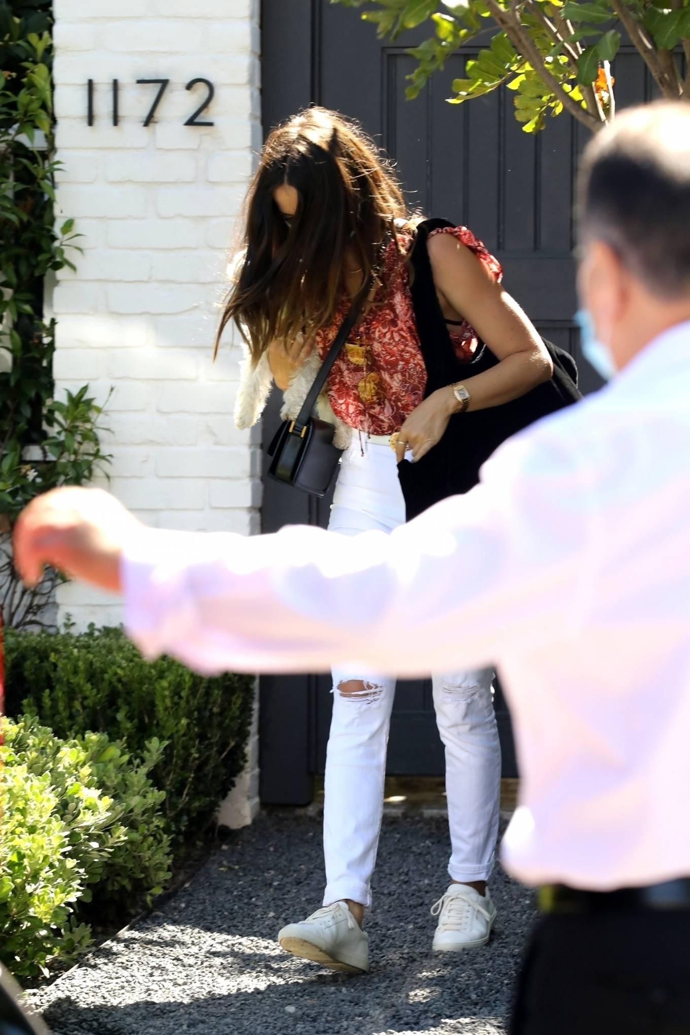Ana de Armas 2020 : Ana de Armas – In white denim leaving Ben Affleck home -08