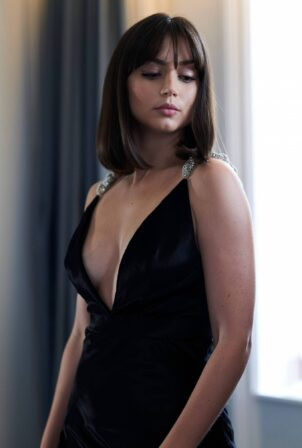 Ana De Armas - 'No Time to Die' premiere photoshoot for Vogue September 2021