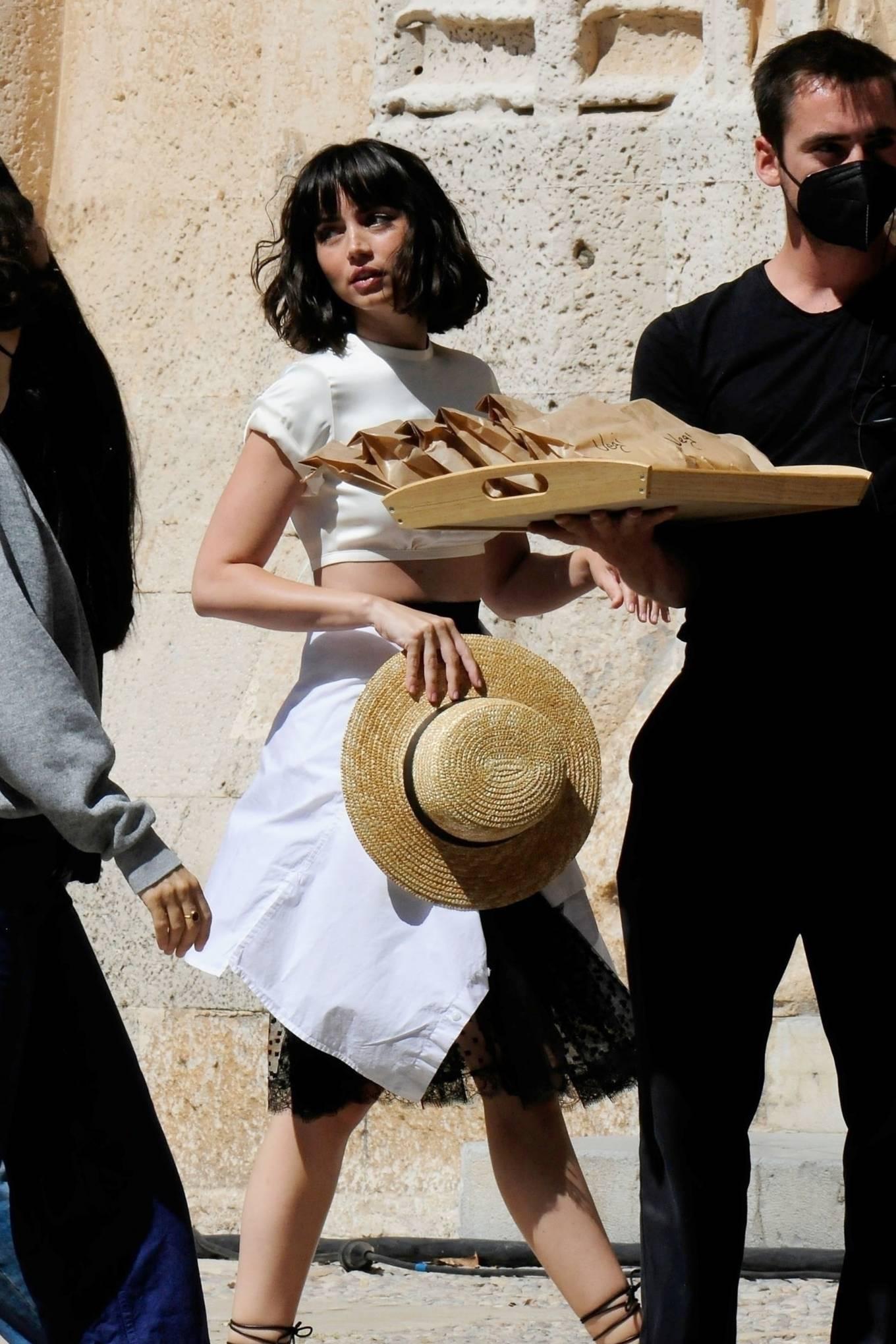 Ana de Armas 2021 : Ana De Armas – On set filming her latest film role in Palma De Mallorca-03