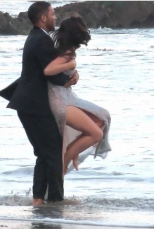 Ana de Armas - Seen while shooting a commercial on the beach in Malibu