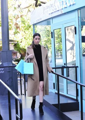 Ana de Armas - Shopping in Los Angeles