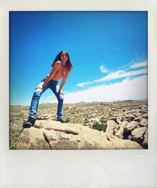 Ana de Armas - Social Media Pics