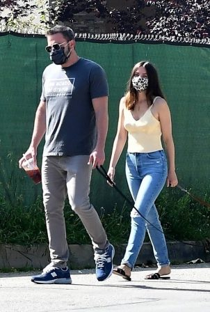 Ana de Armas with Aflek - Walking their two dogs in Venice