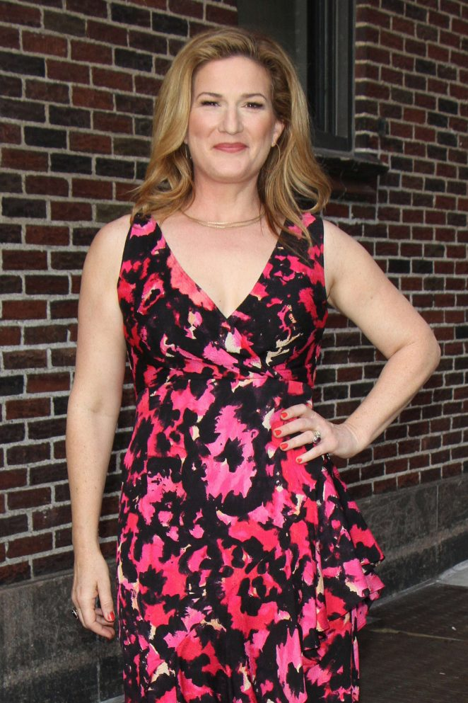 Ana Gasteyer - Arrives at Ed Sullivan Theater in New York