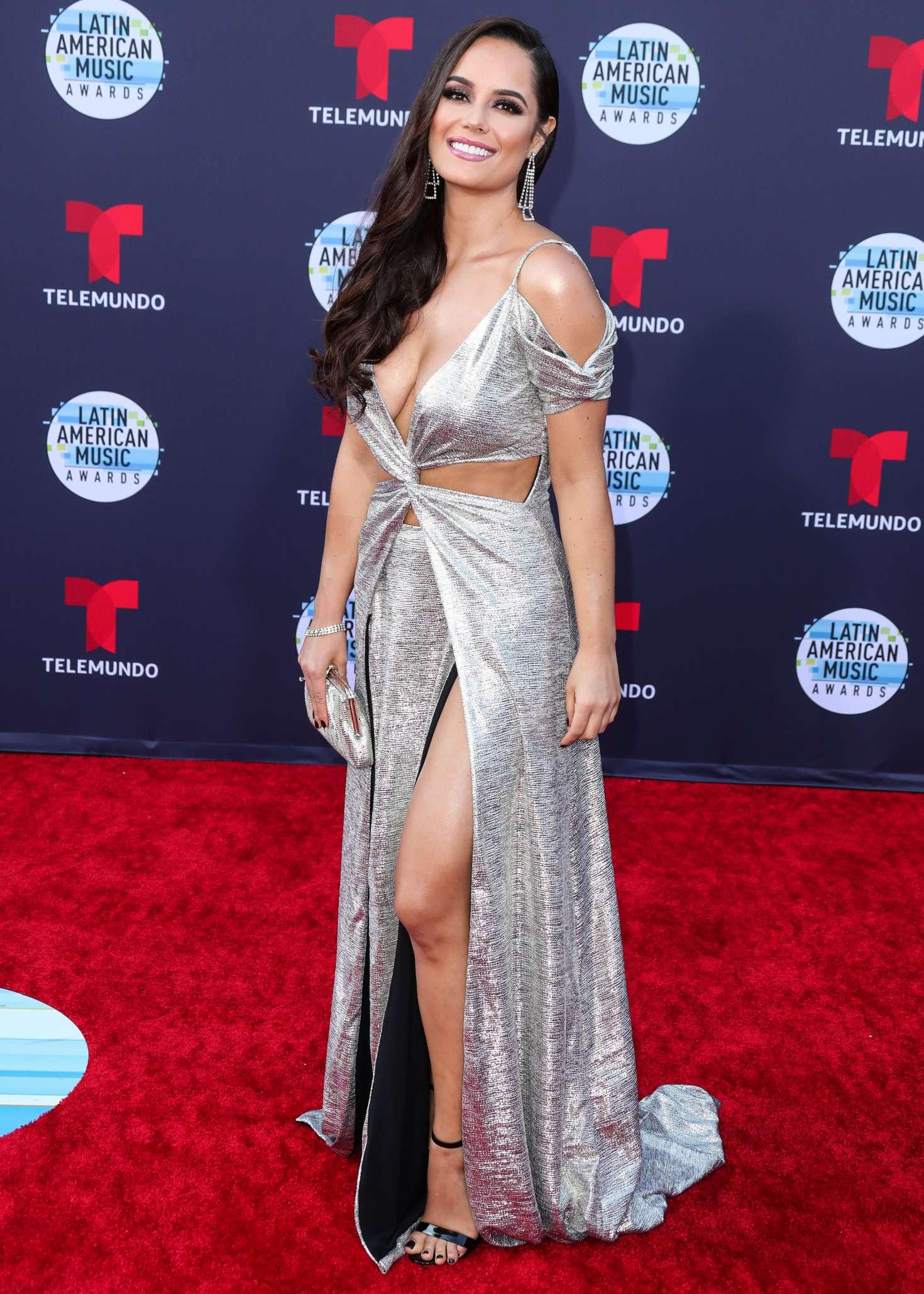Ana Lucia Dominguez 2018 : Ana Lucia Dominguez: 2018 Latin American Music Awards -05
